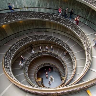 Musées du Vatican, escalier de sortie